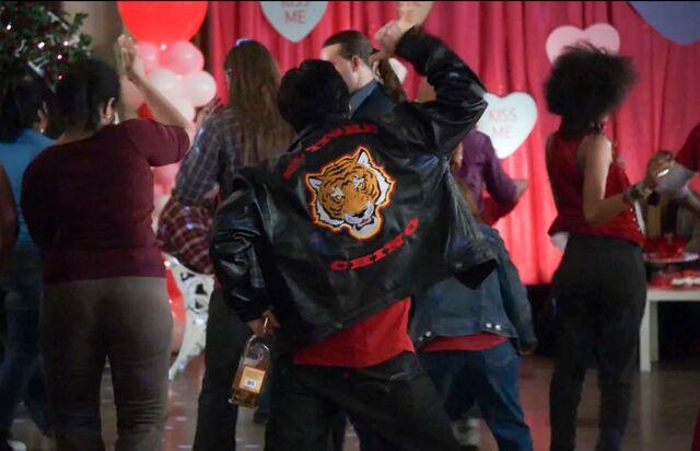 El Tigre Chino dance moves