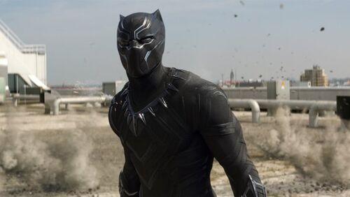 Pantera-negra-guerra-civil