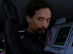 3x12-Evil Abed crosses over