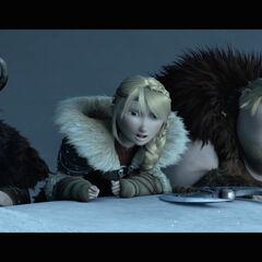 Astrid y los demas observando los ejercitos de Drago.