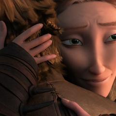 Valka abrazando a su hijo
