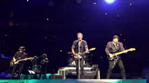 Bruce Springsteen- David Bowie Tribute (Pittsburgh)