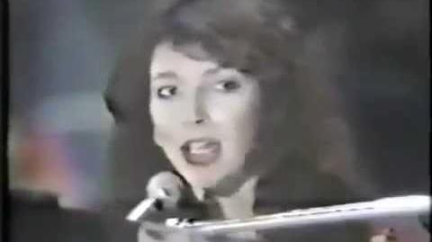 Kate Bush - The Long And Winding Road(Japanese TV)