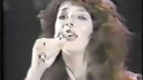 Kate Bush- She's Leaving Home(Japanese TV)