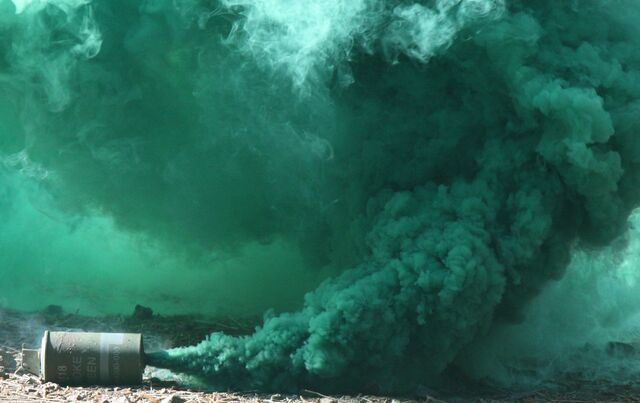 File:US Marines 100520-M-9232S-012 M18 green smoke grenade crop.jpg