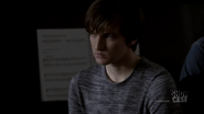 1x03 Julian 01