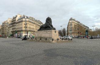 Place Ampéthéatre