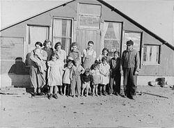 Mennonite family in Shasta