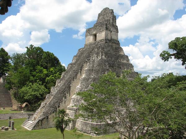 Файл:Tikal temple.jpg