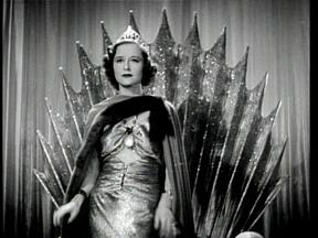 Beatrice Roberts as Azura