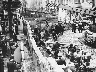 Stroitelstvo-Berlinskoj-steny