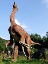 Baltow JuraPark therizinosaurus cheloniformis