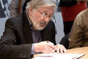 Jacques Tardi 20100328 Salon du livre de Paris 1