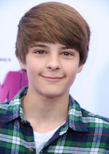 Corey-fogelmanis-hair (1)