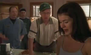 S01E07-Oscar asks Lacey fiance