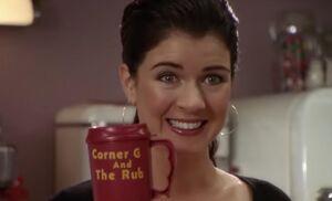 S03E05-Lacey w mug