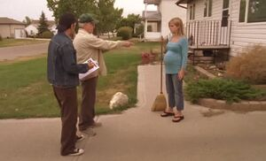 S04E13-With pregnant woman