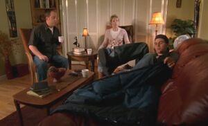 S06E06-Hank crashes
