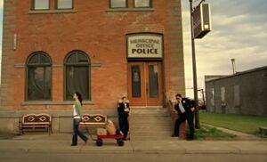 S04E03-Police station