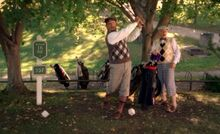 S03E16-Davis Oscar golf