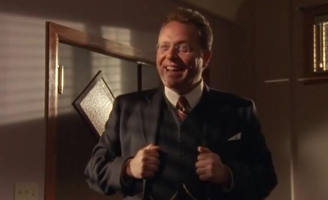 S01E08-Carl Vaughn headshot