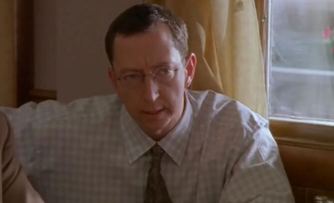 S01E06-Wes headshot