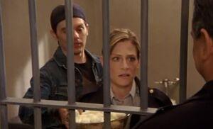 S04E06-Hank Karen jail
