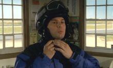 S06E04-Hank snowsuit