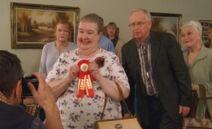 S06E18-Helen wins