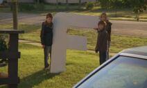 S06E18-F on lawn