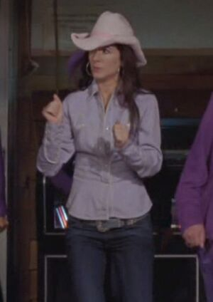 S05E16-Lacey cowgirl long