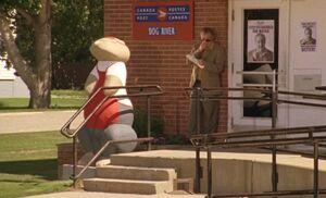 S04E19-Post Office Pdog