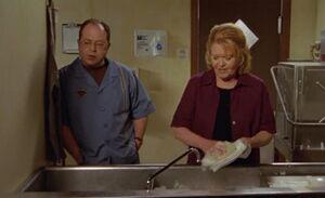 S03E01-Brent Emma Ruby kitchen