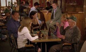 S04E09-July fools
