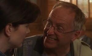 S01E06-Lacey Oscar grins