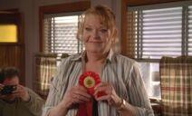 S06E18-Emma ribbon