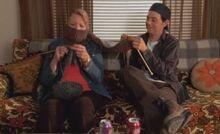 S05E10-Emma Hank knit