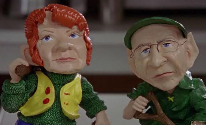 S03E09-Emma and Oscar gnomes