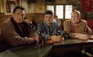 S02E06-Davis Hank Fitzy bar