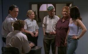 S01E07-Police interrogation room