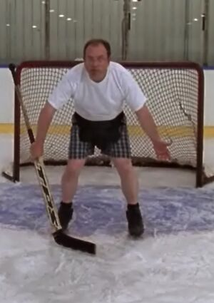 S01E12-Brent goalie long
