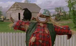 S02E01-Scarecrow