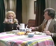 Corrie bet mike 1977