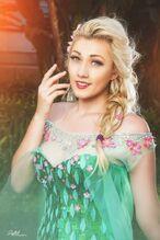 Lindsay Elyse - Elsa 2