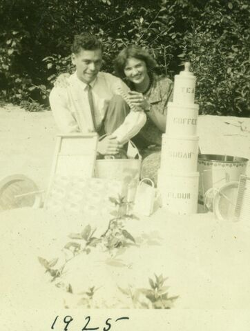 File:Gray and Amelia Vogelsang.jpg