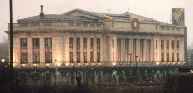 File:Baltimore train station.jpg