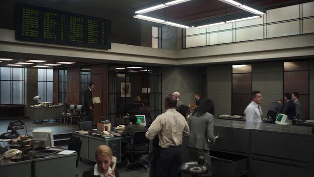 File:Office-of-Interchange-Starz-Original-Series-Counterpart-Season-1-Episode-1-The-Crossing.jpg
