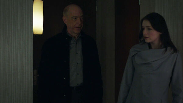 JK-Simmons-Sarah-Bolger-Howard-and-Anna-Counterpart-STARZ-Season-1-Episode-5-Shaking-the-Tree