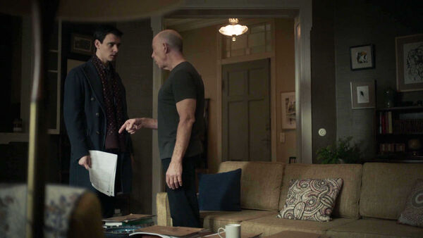 Harry-Lloyd-JK-Simmons-Peter-Quayle-D2-Howard-Silk-discuss-the-mole-Counterpart-STARZ-Season-1-Episode-6-Act-Like-Youve-Been-Here-Before