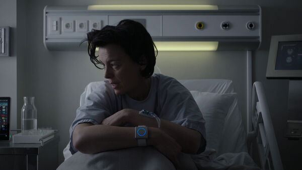 Emily-in-the-hospital-Counterpart-Season-1-Episode-4-Both-Sides-Now